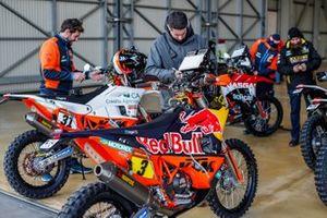 2020 Dakar Scrutineering at Le Castellet, France