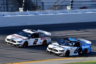 Brad Keselowski, Team Penske, Ford Mustang Discount Tire, Ryan Newman, Roush Fenway Racing, Ford Mustang Koch Industries