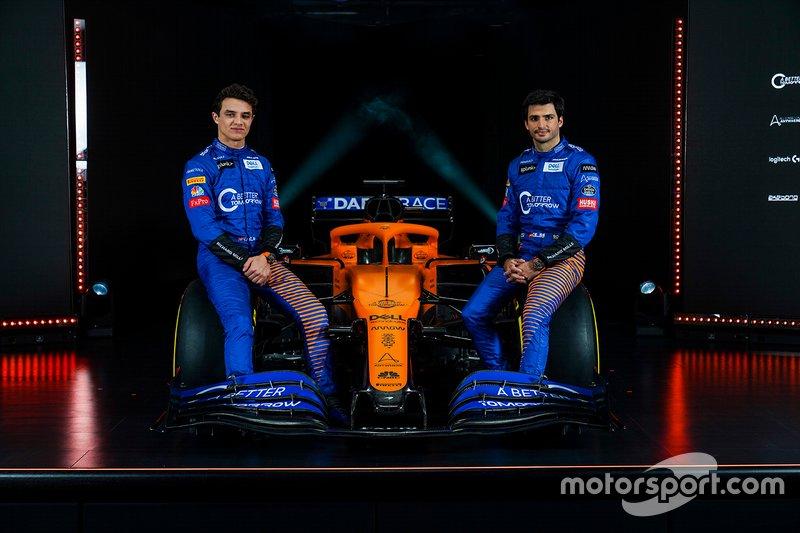 Reparto en McLaren para la tercera jornada. Lando Norris disputará LA MAÑANA y Carlos Sainz LA TARDE con el MCL35