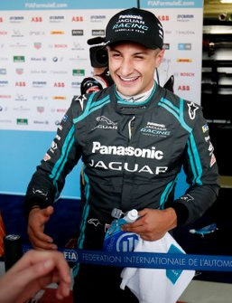 Race winner Mitch Evans, Jaguar Racing in the media pen