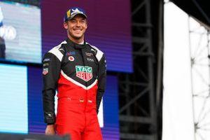 Andre Lotterer, Porsche, Porsche 99x Electric, Stoffel Vandoorne, Mercedes Benz EQ, EQ Silver Arrow 01, en el podio