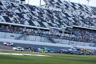 Crash beim Restart in Daytona