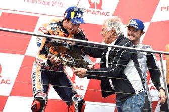 Podium: race winner Marc Marquez, Repsol Honda Team, Giacomo Agostini