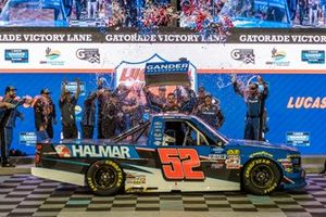 Stewart Friesen, Halmar Friesen Racing, Chevrolet Silverado Halmar International victory lane