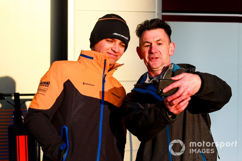Lando Norris, McLaren takes a selfie with a fan
