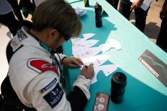 Takuma Aoki at the autograph session