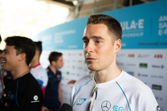 Stoffel Vandoorne, Mercedes Benz EQ talks to the press