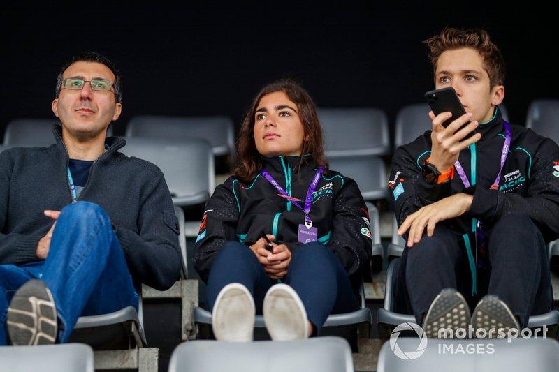 Jamie Chadwick y Sacha Fenestraz, pilotos de test de Panasonic Jaguar Racing