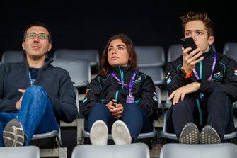 Тест-пилоты Jaguar Racing Джейми Чедвик и Саша Фенестраз