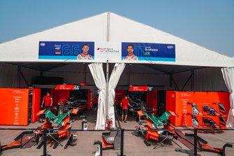 Garages of Lucas Di Grassi, Audi Sport ABT Schaeffler, Audi e-tron FE06, Daniel Abt, Audi Sport ABT Schaeffler, Audi e-tron FE06