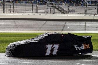 Denny Hamlin, Joe Gibbs Racing, Toyota Camry FedEx Express car covered on pit road