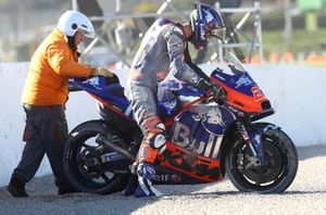 Iker Lecuona, Red Bull KTM Tech 3 after crash