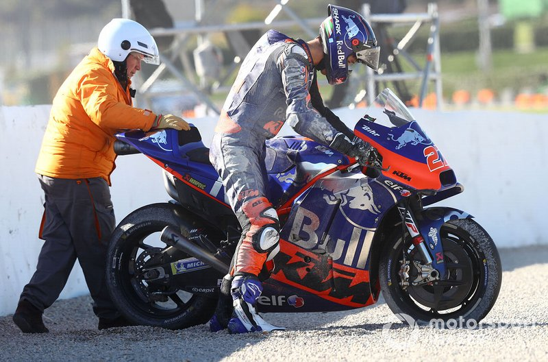 Iker Lecuona, Red Bull KTM Tech 3 na een crash