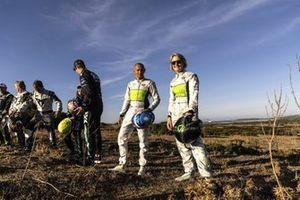 Stephane Sarrazin, Veloce Racing, y Emma Gilmour, Veloce Racing