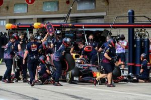 Max Verstappen, Red Bull Racing RB16B, in the pits during practice