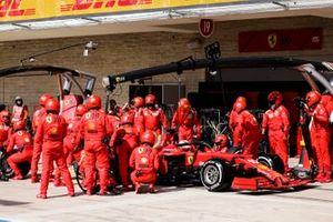 Charles Leclerc, Ferrari SF21, makes a stop