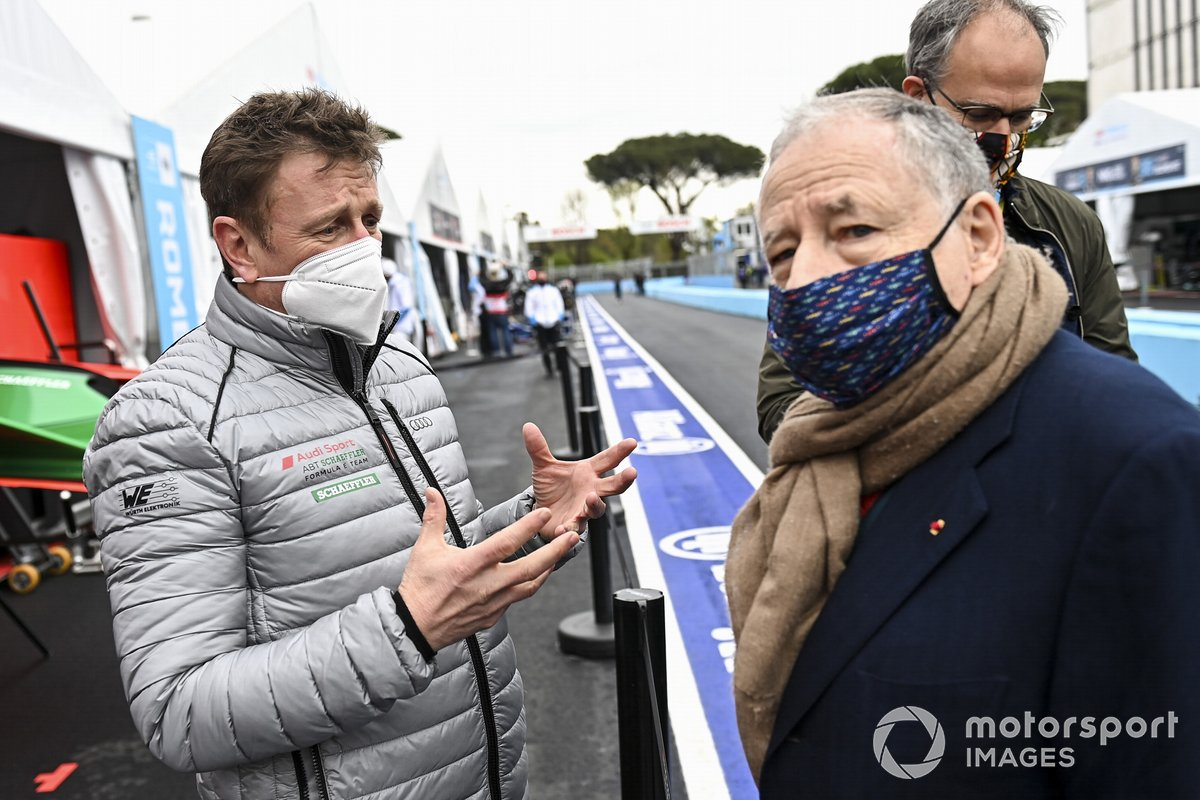 Allan McNish, Team Principal, Audi Sport ABT Schaeffler, con Jean Todt, presidente de la FIA