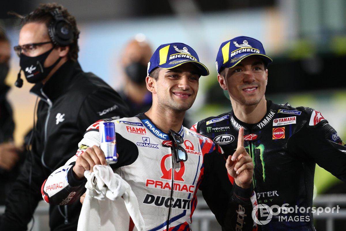 Ganador de la pole Jorge Martin, Pramac Racing, Maverick Viñales, Yamaha Factory Racing parc ferme