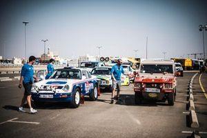 #202 Al Rally Porsche: Amy Lerner, Sara Carmen Bossaert, #200 Equipo Euskadi 4x4 Volkswagen: Ignacio Corcuera, Vicente Laurent Iker San