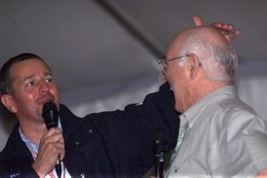 Martin Brundle with retiring commentator Murray Walker