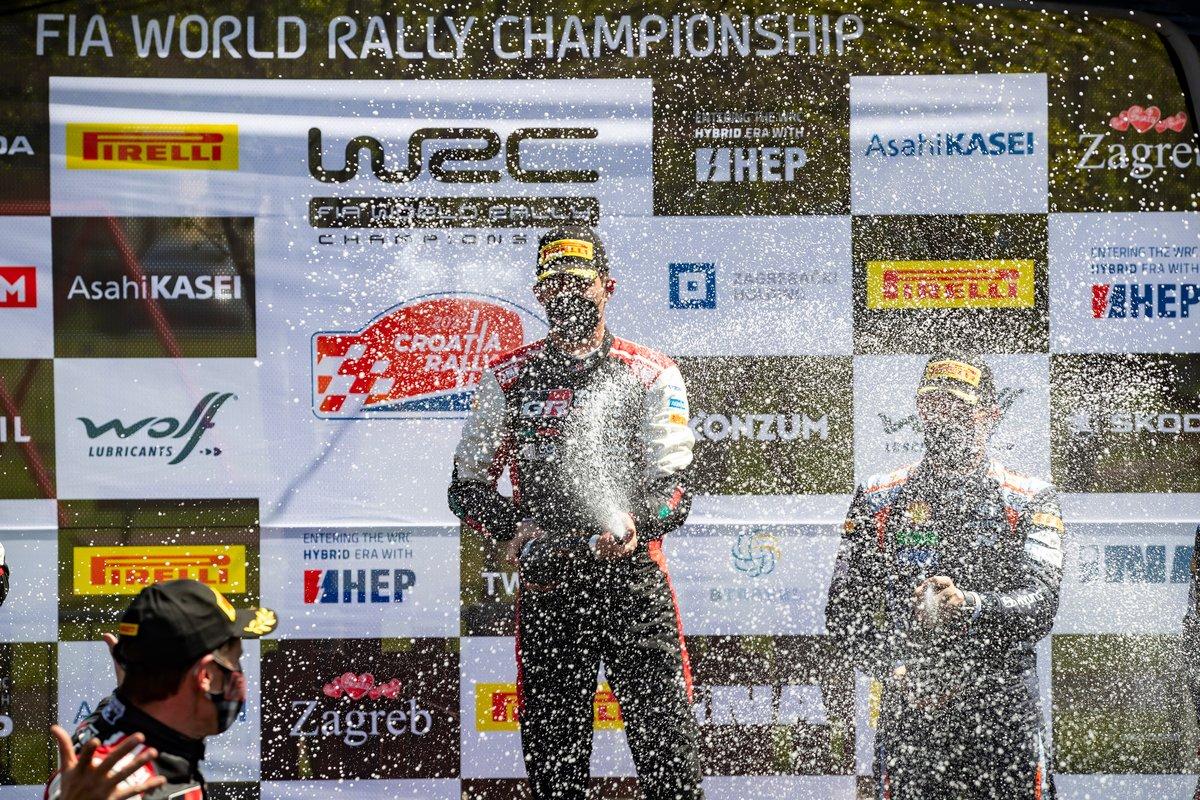 Podio: Ganador de la carrera Sébastien Ogier, Julien Ingrassia, Toyota Gazoo Racing WRT Toyota Yaris WRC