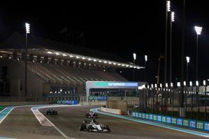 Daniil Kvyat, AlphaTauri AT01, Lance Stroll, Racing Point RP20, and Valtteri Bottas, Mercedes F1 W11