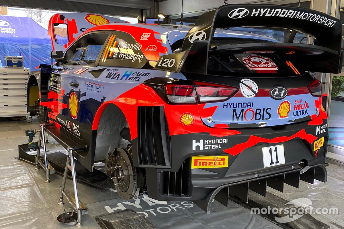 Car of Thierry Neuville and Martijn Wydaeghe, Hyundai i20 Coupe WRC