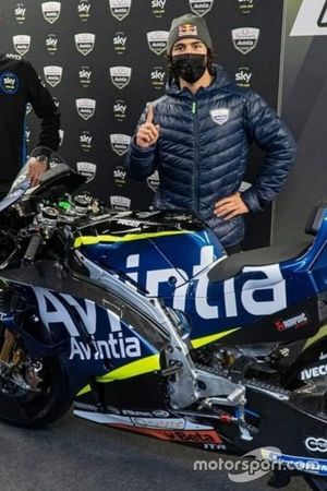 Bastianini con la moto Avintia