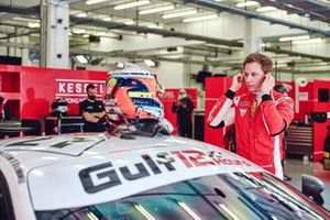#27 Kessel Racing, Ferrari 488 GT3: David Fumanelli