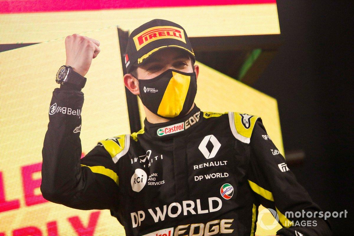 Esteban Ocon, Renault F1, 2ª posición, en el podio