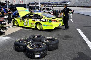Paul Menard, Wood Brothers Racing, Ford Fusion Menards / Knauf crew