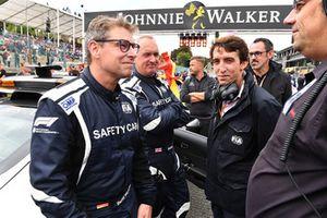Bernd Maylander, pilote du Safety Car, Pierre Guyonnet-Duperat, délégué media de la FIA