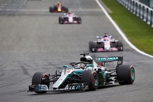Lewis Hamilton, Mercedes AMG F1 W09, leads Sergio Perez, Racing Point Force India VJM11
