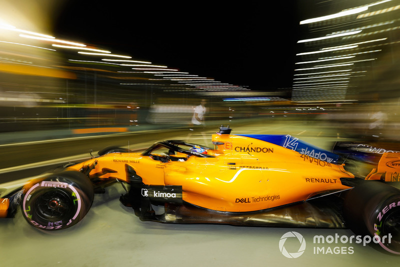 7. Fernando Alonso, McLaren MCL33, leaves the garage