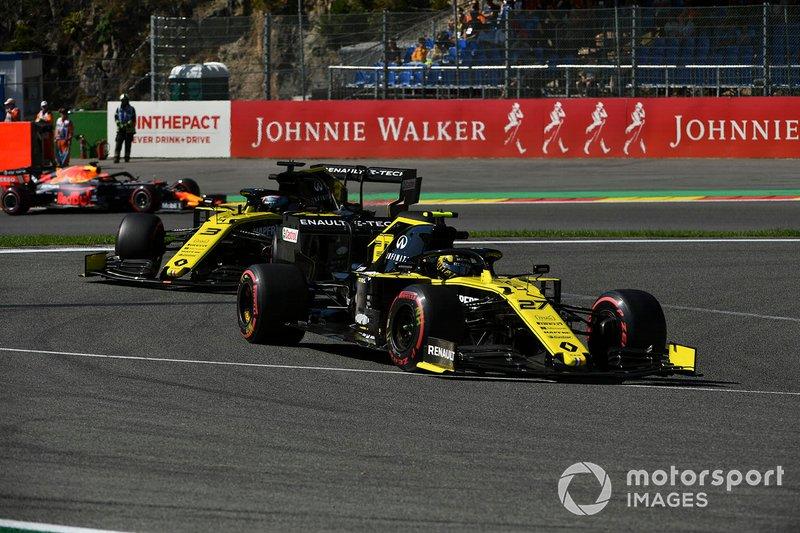 Гонщики Renault в третий раз в этом сезоне вдвоем пробились в финал квалификации, где Риккардо показал шестое, а Хюлькенберг седьмое время. Прежде им это удавалось в Китае и в Канаде