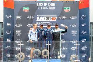 Podium: Race winner Norbert Michelisz, BRC Hyundai N Squadra Corse Hyundai i30 N TCR, second place Gabriele Tarquini, BRC Hyundai N Squadra Corse Hyundai i30 N TCR, third place Yvan Muller, Cyan Racing Lynk & Co 03 TCR