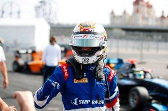 Robert Shwartzman, PREMA Racing celebrates after taking Pole Position