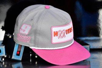 Chase Elliott, Hendrick Motorsports, Chevrolet Camaro Hooters Give a Hoot hat