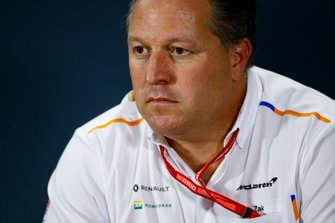 Zak Brown, Executive Director, McLaren, in de persconferentie
