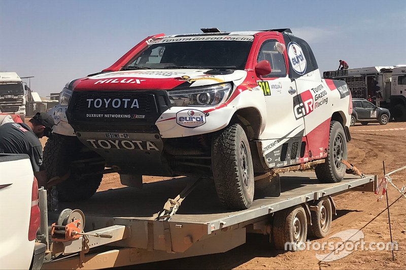 #314 Toyota Gazoo Racing Toyota Hilux: Fernando Alonso, Marc Coma, después del accidente