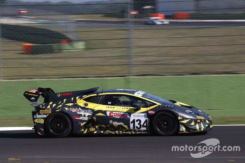 #134 Lamborghini Huracan SuperTrofeo GT , Iron Lynx: Paolino-Demarchi-Littman