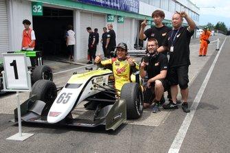 エナム・アーメド(B-Max Racing with motopark)