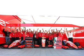 Team Prema Racing celebrate his Team championship