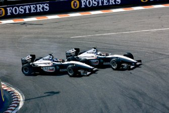 David Coulthard, McLaren MP4-14 Mercedes, and Mika Häkkinen, McLaren MP4-14 Mercedes