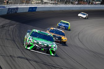 Kyle Busch, Joe Gibbs Racing, Toyota Camry Interstate Batteries, Erik Jones, Joe Gibbs Racing, Toyota Camry DeWalt, Ryan Blaney, Team Penske, Ford Mustang Menards/Moen