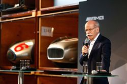 Dr. Dieter Zetsche, a Daimler AG vezérigazgatója
