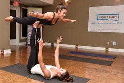 Danica Patrick, Stewart-Haas Racing práctica de yoga