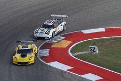 #3 Corvette Racing, Chevrolet Corvette C7.R: Antonio Garcia, Jan Magnussen; #911 Porsche Team North