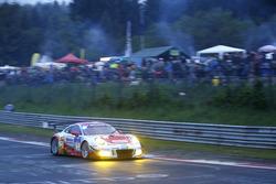 #3 Frikadelli Racing Team, Porsche 991 GT3 R: Klaus Abbelen, Sabine Schmitz, Patrick Huisman, Norbert Siedler