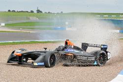 Loic Duval, Dragon Racing in de problemen
